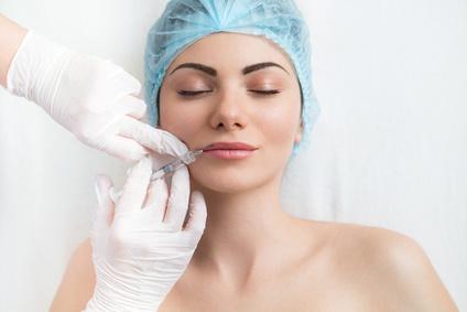 Implantes o rellenos faciales sin cirugía